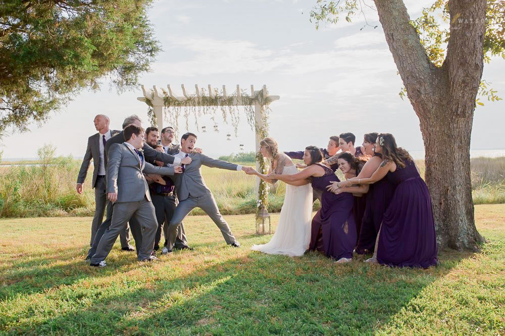 Funny Group Wedding Photo Poses
