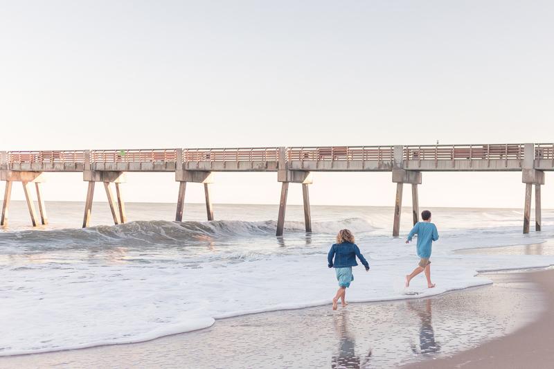 vero beach pier family portraits